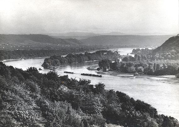 August SanderBlick auf die Insel Nonnenwerth, 1930'Vintage Gelatin Silver Print17 x 23.8 cmBlindstamped on recto / Stamped on verso