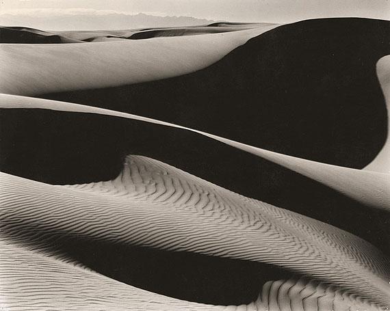 Edward WestonDUNES. OCEANO. 1936Gelatin silver print, 1940s19 x 23,9 cm