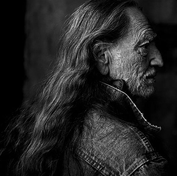 Willie Nelson, Luck Ranch, Texas, 2001 © Annie Leibovitz