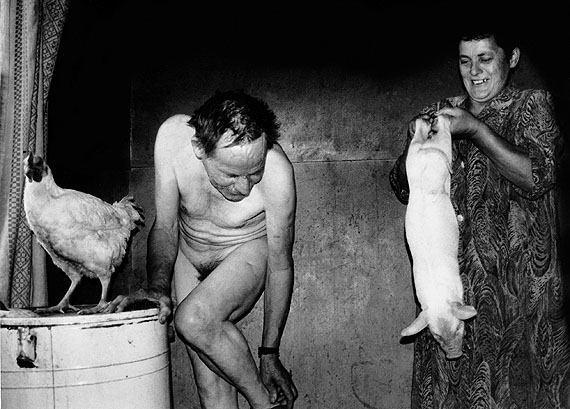 Rimaldas Viksraitis: Grimaces of the Weary Village. 1998. Gelatin Silver print. 30 x 40 cm