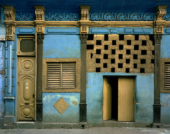 Blue Facade © Michael Eastman