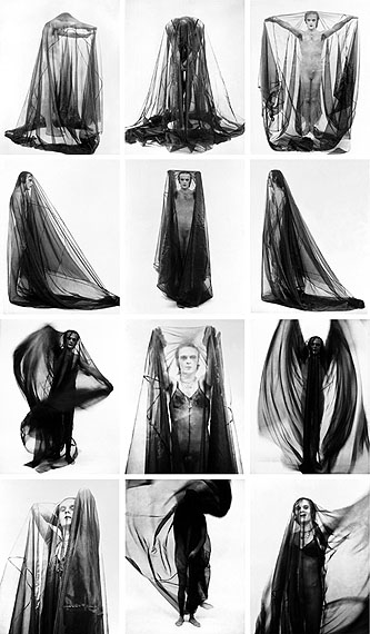 """Jürgen Klauke: """"Verschleierungen"""", 1973, Photo tableau with 16 elements, each 60 x 50 cmCourtesy of the artist and Galerie Anita Beckers"""