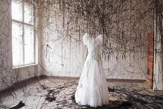 Chiharu Shiota Unconscious Anxiety, 200880 x 120 cmC-printEd. 5 +2 AP