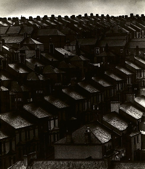 November in the Suburbs, 1934© Bill Brandt Archive Ltd.Courtesy Edwynn Houk Gallery