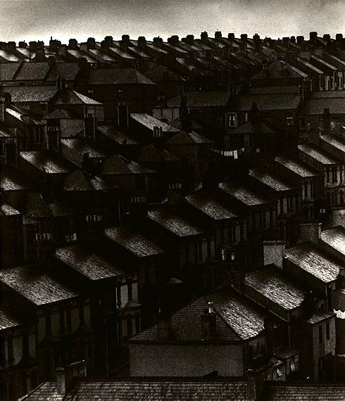 November in the Suburbs, 1934© Bill Brandt Archive Ltd.Courtesy Edwynn Houk Gallery