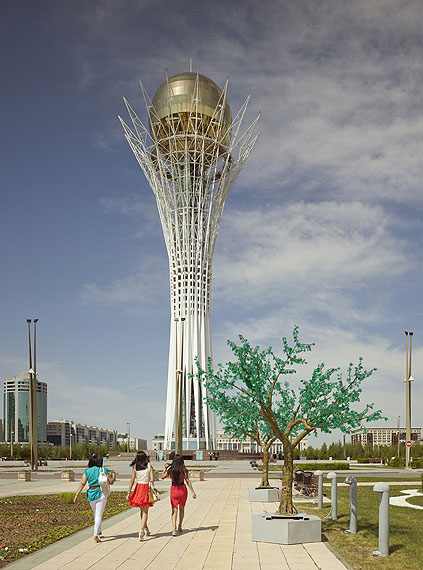 Frank Herfort: Bayterek Tower, Astana, 2010/2012
