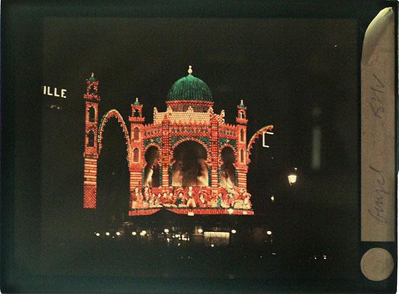 lot 124 :Léon Gimpel (1878-1948)Bazar de l'Hôtel de VilleParis, 1930