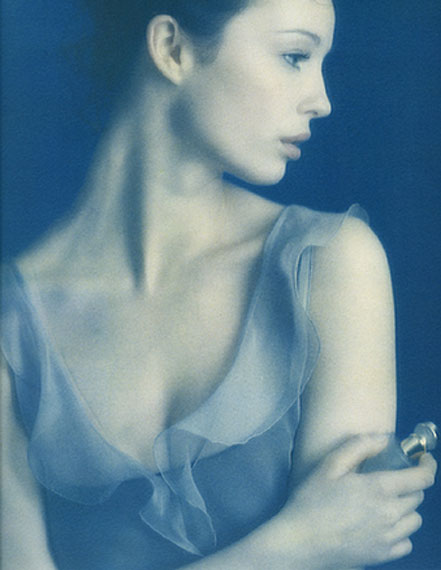 © Sheila Rock Parfume, 1997 / Courtesy Johanna Breede PHOTOKUNST