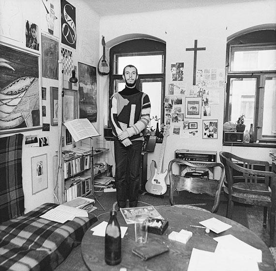 Günter Starke: Dresden-Neustadt, Kamenzer Straße.Sebastian K. vor seiner Ausreise, 23.09.1989