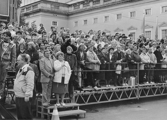 Ulrich Wüst: Berlin, Tribüne vor der Neuen Wache, 06.10.1989