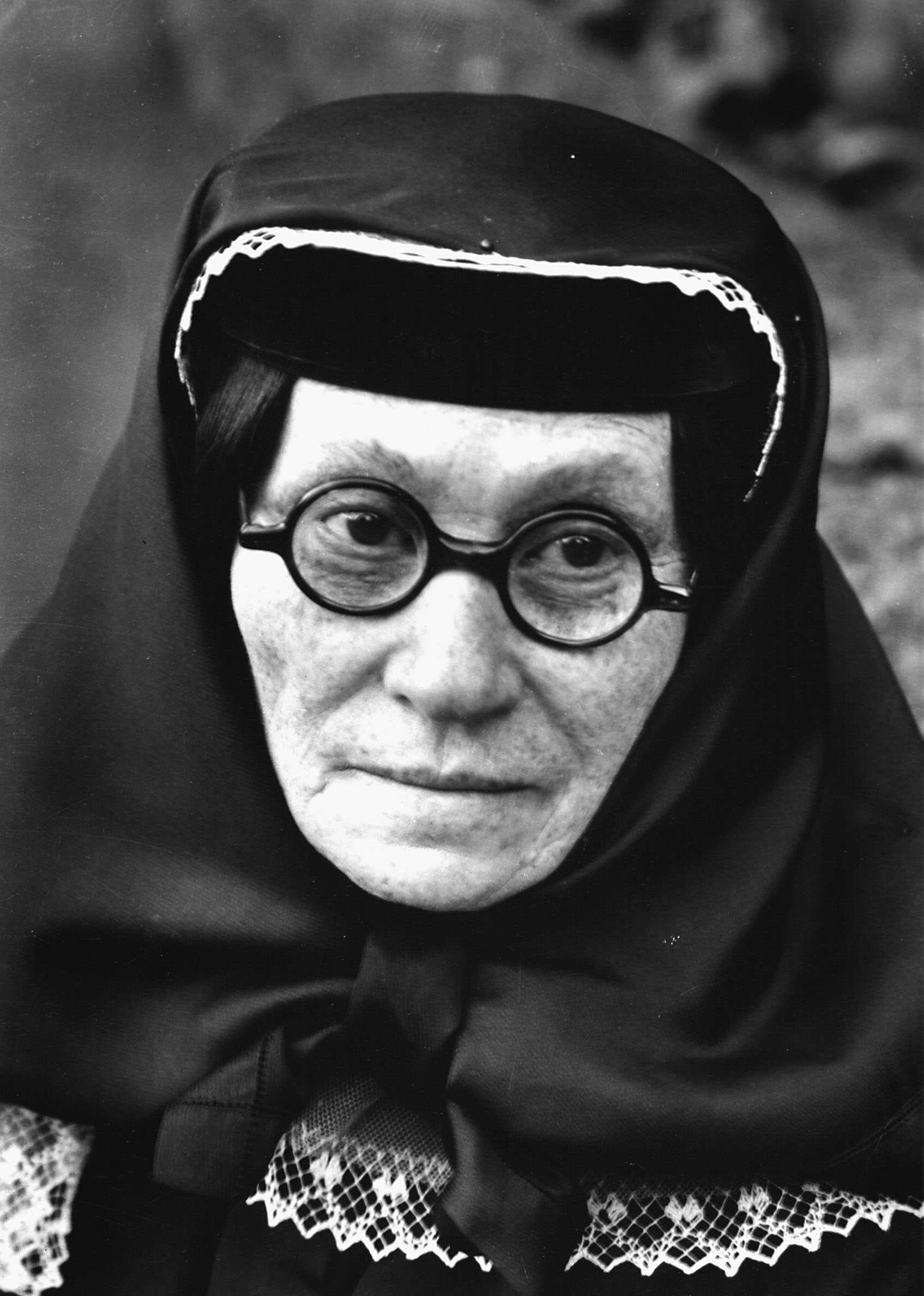 Margaret Bourke-White: Stalin's mother, Ekaterina Dzhugashvili (1858 – 1937)Tiflis, Soviet Union, 1931Syracuse University Library Collection, New York © Time & Life / Getty Images
