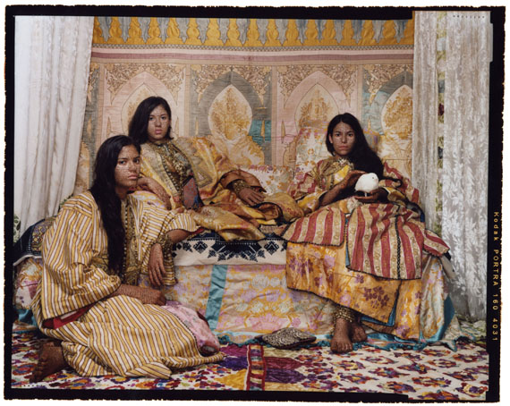 Harem Revisited #36 2012© Lalla Essaydi, Courtesy Edwynn Houk Gallery