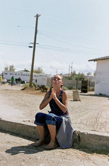 Tobias ZielonyTwo Cigarettes,aus der Serie: Trona, 2008© Tobias ZielonyCourtesy of Tobias Zielony and KOW, Berlin