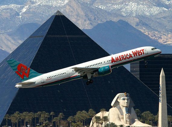 Enter the Pyramid © Airplane collection Markus Schaden 2011 © Olivier Cablat