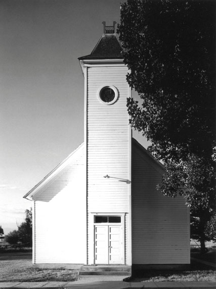 Robert Adams: Community Methodist Church, Bowen, Colorado, 1965 © Robert Adams