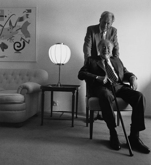 Willy Brandt und Bruno Kreisky, Stockholm 1989 © Konrad Rufus Müller, courtesy PINTER & MILCH