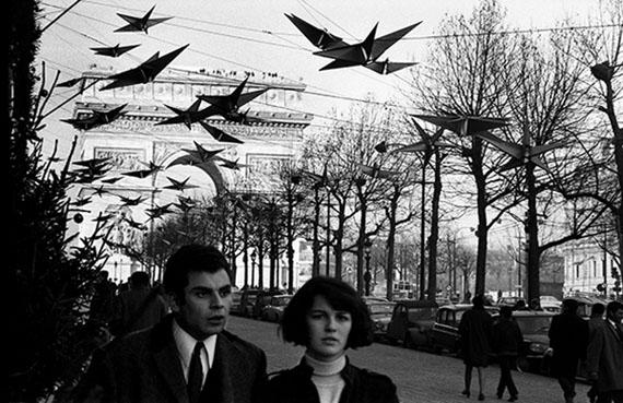 """""""Les étoiles des Champs-Élysées"""", Paris, 1968"""
