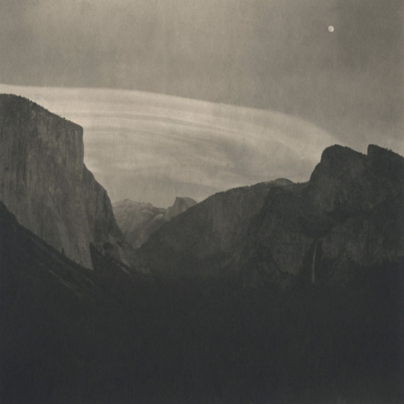 Takeshi Shikama, Yosemite #5, from the series 'Silent Resparations of Forests', 2010