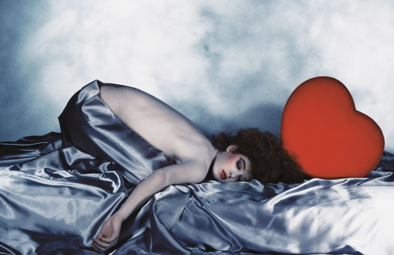 Pentax-Kalender, 1981. Asahi Optical Company Limited. Tokyo, Japan.  © The Estate of Guy Bourdin, 2013