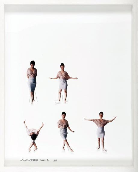 Archiv der Bewegungen, Tafel 34, 2007, analoger C-Print in Kastenrahmen, 50x40 cm © Anja Manfredi