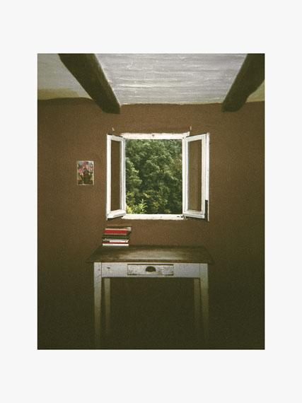 """Aus der Serie """"The last year of childhood"""", Tisch am Fenster"""