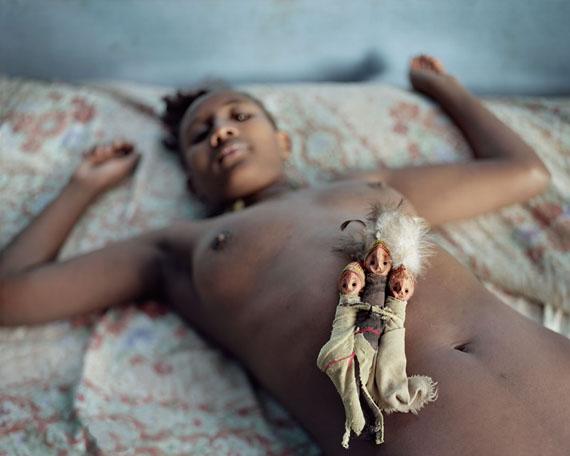 Idolos Konso, Konso, 2006200 x 160 cm© Juan Manuel Castro Prieto, courtesy galerie VU'