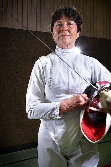 Heidi Grundmann-Schmid (age 70), fencing gold medallist, from the series Silver Heroes, Augsburg. 2009 © Karsten Thormaehlen