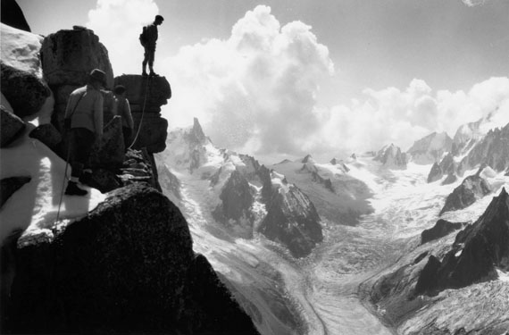 Henry Bradford Washburn: The Mer de Glace from the Aiguille du Dru, Chamonix, France, 1929 © Bradford Washburn, courtesy Decaneas Archive, revere, MA