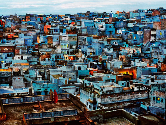 Steve McCurry: Blue City, India 2010 © Steve McCurry / Magnum Photos