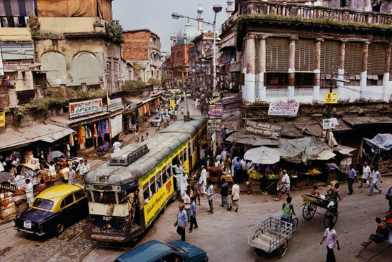 Steve McCurry: Tram, Steve McCurry: Calcutta, India 1997 © Steve McCurry / Magnum Photos