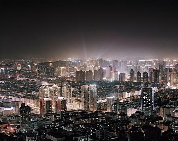 "Qingdao II, 2012Aus der Serie ""China Megacity"". Foto: © Christian Höhn"