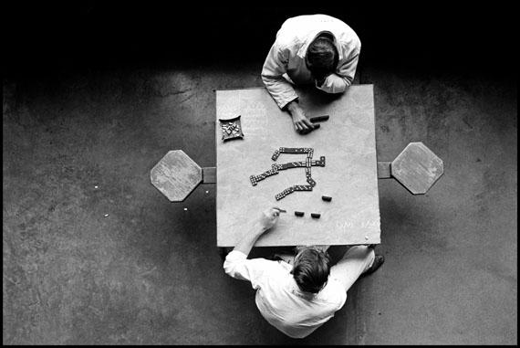 The Dominoes Players, Walls Unit, TDC, 1967, © Danny Lyon, New York & Magnum Photos, New York / Courtesy Edwynn Houk Gallery, New York
