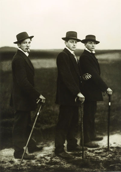 August Sander: Jungbauern / Young Farmers, 1914 © Photographische Sammlung/SK Stiftung Kultur, Cologne