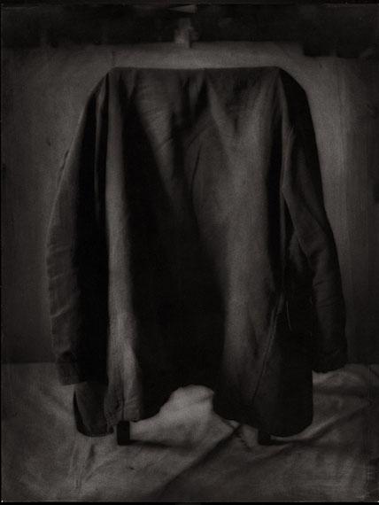 Jean-Michel Fauquet: Untitled 2013, Silbergelatinhandabzug auf Barytpapier, Ölfarbe, Unikat 78 x 67 cm ©artist and CONRADS Düsseldorf