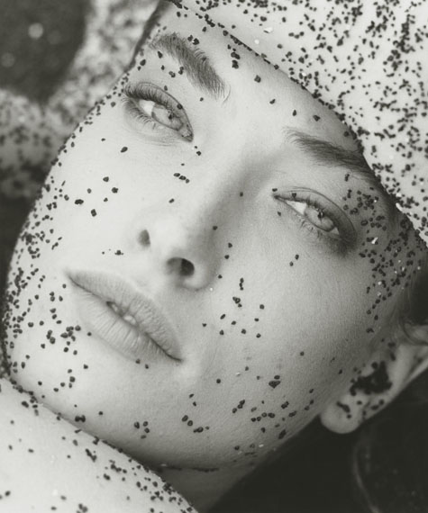 Tatjana with Black Sand – Close Up, Hawaii, 1987© Herb Ritts Foundation/Courtesy of Edwynn Houk Gallery, New York