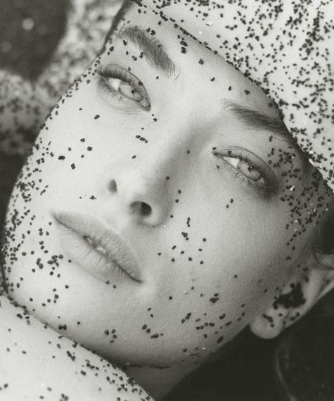 Tatjana with Black Sand – Close Up, Hawaii, 1987© Herb Ritts Foundation/Courtesy of Edwynn Houk Gallery, New York