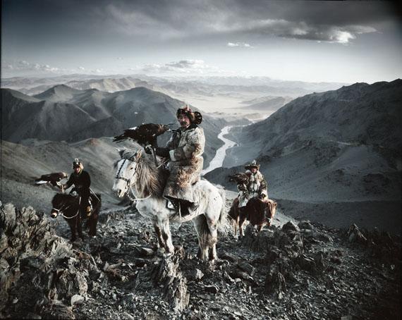 © JIMMY NELSON, ALTANTSOGTS, BAYAN OLGII, MONGOLIA, 2011