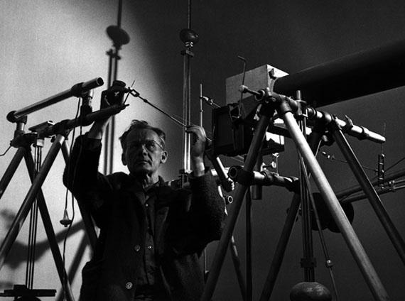 Heinrich Heidersberger: ca. 1953-1965, Heinrich Heidersberger und der Rhythmograph, Nr. 9179 / 001 © Heinrich Heidersberger