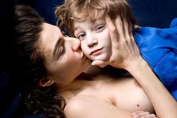 Elinor Carucci: Kiss, 2011