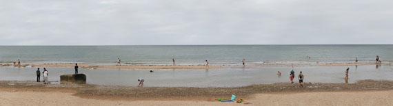 Omaha Beach, 2011, vier Werkteile à 95 x 300 cm (Detail) © Stephan Kaluza