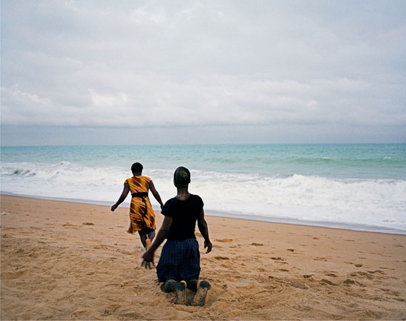 José Pedro Cortes: Untitled (boy and girl on the beach),  2011, 105x130cm, Inkjet Print, ed. 1/5