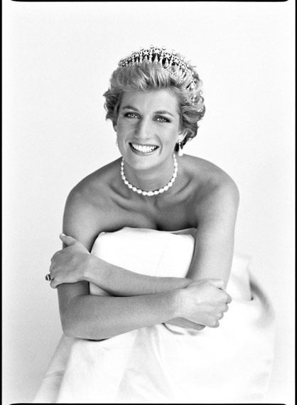 © PATRICK DEMARCHELIER, PRINCESS DIANA, LONDON, 1990