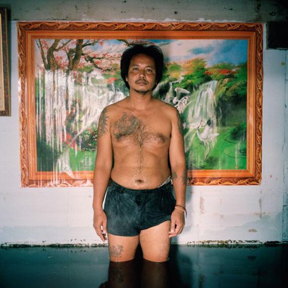 Gideon Mendel, Sakorn Ponsiri, Chumchon Ruamjai Community, Bangkok. Thailand November 2011
