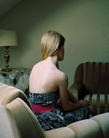 "Janina Wick: Hannah aus der Serie ""Drei Annen"" 2012, 60 x 70 cm, lightjet-Prints"