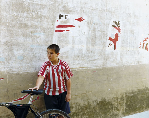 Puente la Reina, Spain, 08.1995Chromogenic contact print from negative 8 x 10 in., 20x25 cm© Guido Guidi