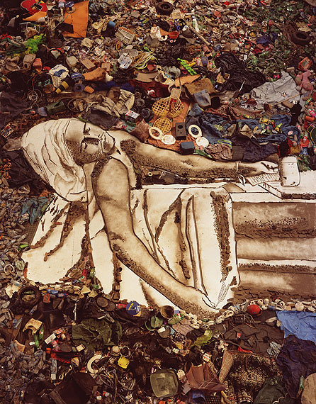 Edwynn Houk Gallery, New York/Zurich - GALLERIESVik Muniz Marat (Sebastião), from Pictures of Garbage, 2008Courtesy the artist and the gallery