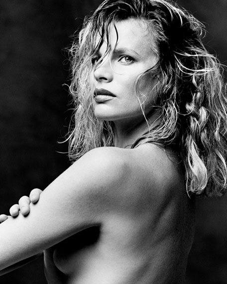 Kim Basinger ret FLAT  © Greg Gorman