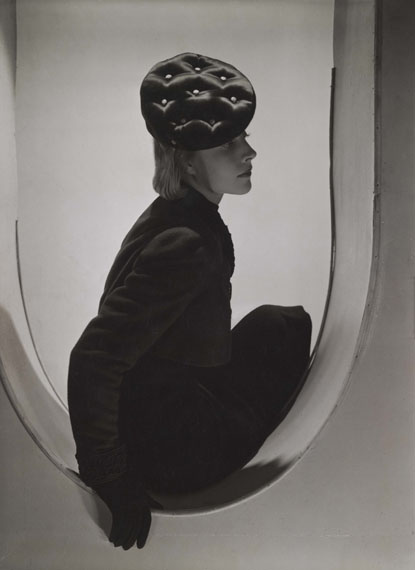 Horst P. Horst: Schiaparelli Fashion, Paris, 1937