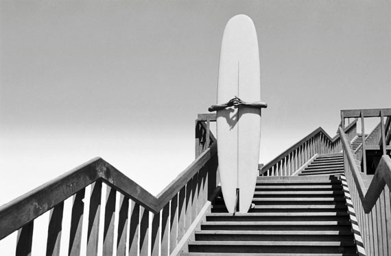 Dennis Stock: Surfer in Corona del Mar, 1968 © Magnum Photos