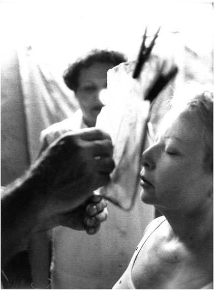 Leonore Mau: Santerìa Einweihungsritual